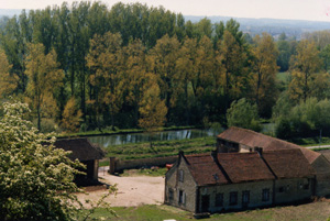 Burgundy canal © Fran�is Marquet