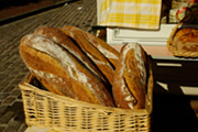 Traditionally made bread<br />© Multimédia & Tourisme